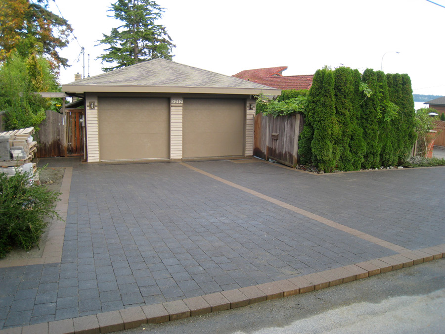 Interlocking brick paving stones are built to last rooster brick our pavers are manufactured at a state of the art facility using only the latest technology in other words its quality you can count on solutioingenieria Choice Image